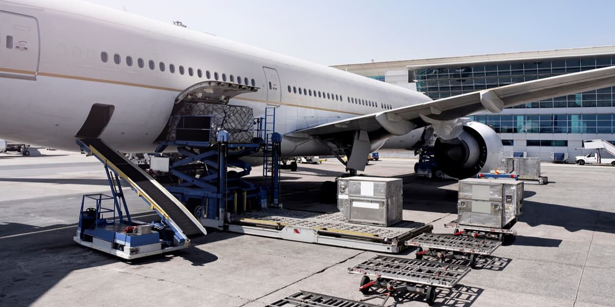 Turned parts export in cargo airplane